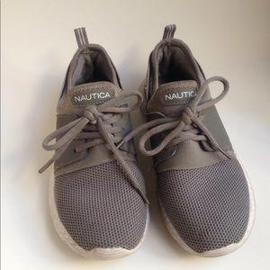 Nautica girls gray shoes